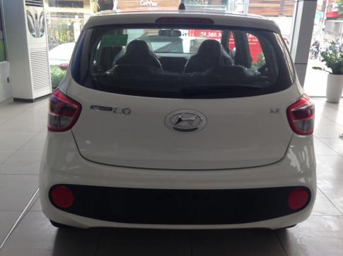 Bán xe Hyundai Grand i10 với giá khuyến mãi năm 2018 giao ngay