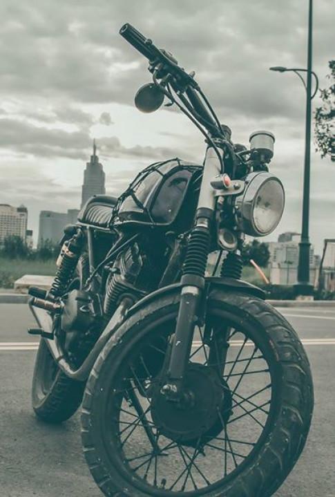 Cafe racer Honda CBT 125 cc