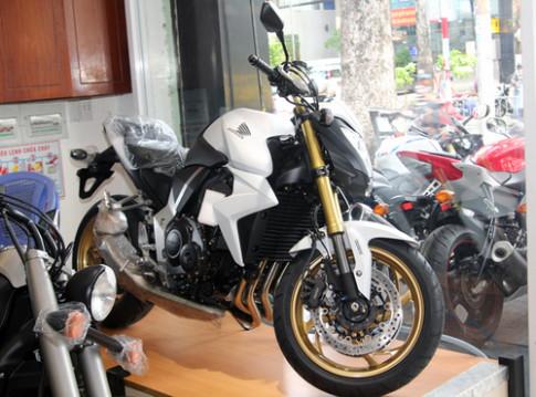 Hình ảnh chi tiết Honda CB1000R ABS 2013 tại Sài Gòn