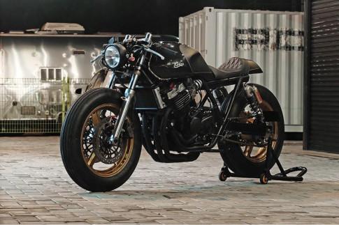 Honda CB400 siêu ngầu trong tạo hình Cafe Racer