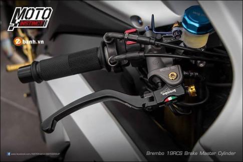 Honda CBR1000RR Bản nâng cấp cơ bắp qua body Space Gray