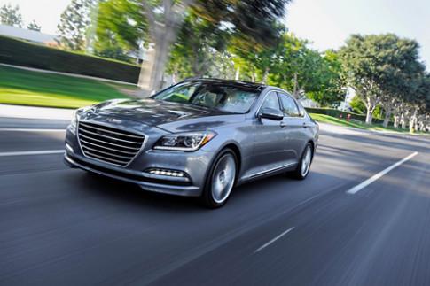 Hyundai Genesis 2015 co gia tu 38000 USD