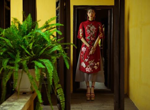 NTK Hùng Việt hoài niệm với áo dài ngày xuân của Hà Nội