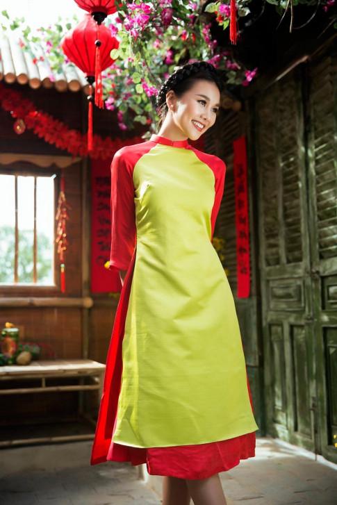 Tết đến nơi rồi, muốn mặc áo dài sang và nữ tính hãy học Thanh Hằng ngay lập tức!