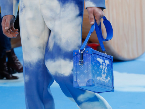 Chiếc túi nam mây trời của Louis Vuitton làm nức lòng giới mộ điệu