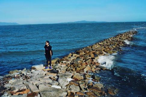 Đảo Thạch An khiến giới trẻ sống ảo phát cuồng với '' bãi đá giữa biển ''