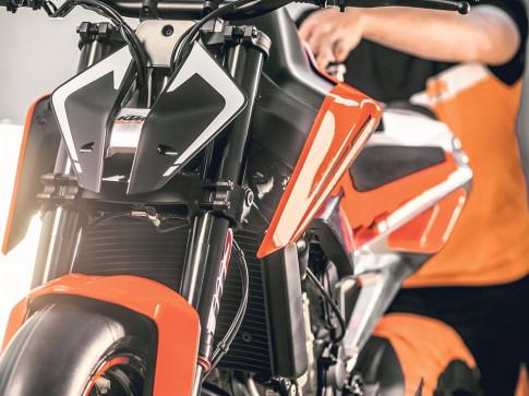 KTM ra mắt 790 Duke Prototype tại triển lãm EICMA 2016
