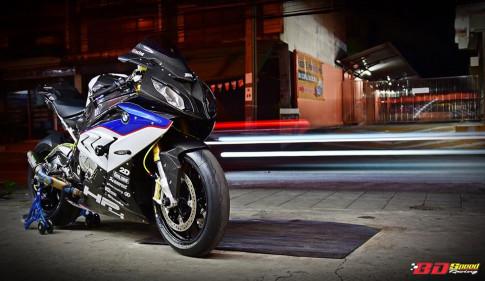 Siêu phẩm đường phố BMW S1000RR độ chất chơi với dàn trang bị Carbon fiber