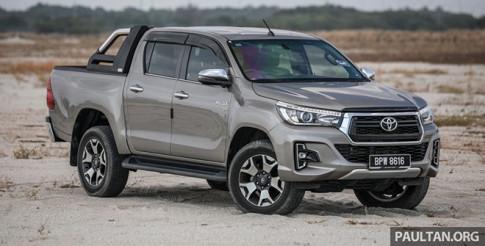 Toyota Hilux thế hệ mới thay đổi diện mạo và nâng cấp động cơ