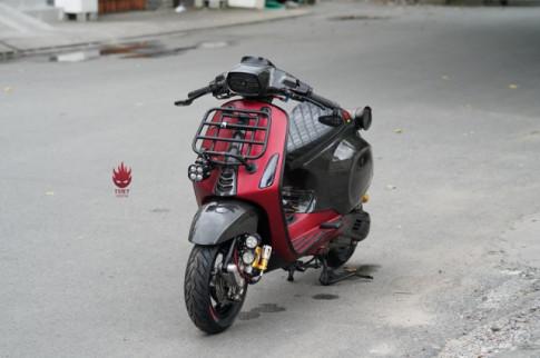 Vespa Sprint độ hóa thành chiến binh đường phố qua bàn tay người thợ Sài Gòn