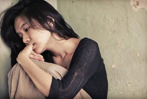 4 kiểu con gái đứng trước ngưỡng cửa khổ vì tình